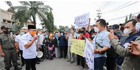 Pedagang Pasar Legi Demo, Ini Janji Bupati Ponorogo