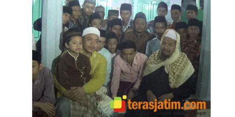 Ponpes Mambaul Hikam Blitar, Menjaga Tradisi Sholat Tarawih Cepat