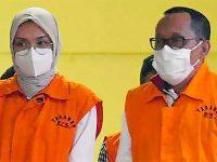 Selain Suap, Bupati (Nonaktif) Probolinggo dan Suaminya Jadi Tersangka Kasus Gratifikasi dan Pencucian Uang
