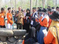 Puluhan Siswa dan Guru SMA di Jatim, Jelajahi Sejarah Klasik Hutan Saradan