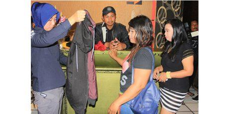 Razia Sejumlah Tempat Hiburan di Surabaya, 6 Orang Positif Narkoba