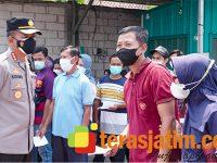 Kapolresta Sidoarjo Pantau Vaksinasi Pedesaan dan Edukasi Prokes di Wilayah Porong