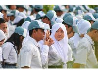 Mulai Tahun Ini Pendidikan Tingkat SMA/SMK di Jatim Gratis