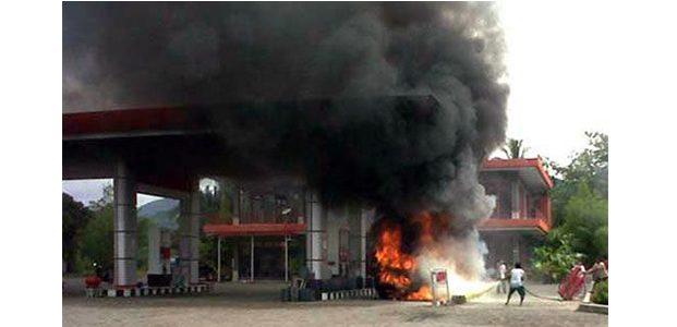 SPBU di Jalur Loceret-Brebek Nganjuk Ludes Terbakar