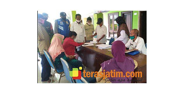 Salah Satu Desa di Sidoarjo Salurkan BLT DD Secara Langsung ke Rumah Warga