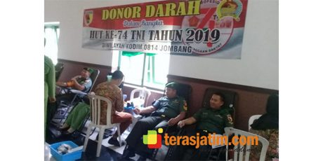 Sambut HUT TNI, Kodim Jombang Gelar Donor Darah