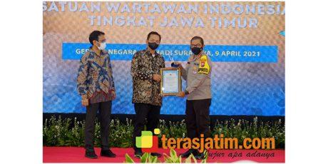 PWI Award 2021, Kapolda Terima Special Award, Kapolresta Sidoarjo Sebagai Tokoh Kamtibmas