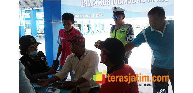 Sopir Bus dan MPU di Terminal Situbondo, Jalani Pemeriksaan dan Tes Urine