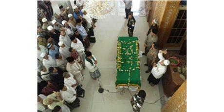 Sore ini, Jenazah KH Hasyim Muzadi Diterbangkan ke Depok Jabar