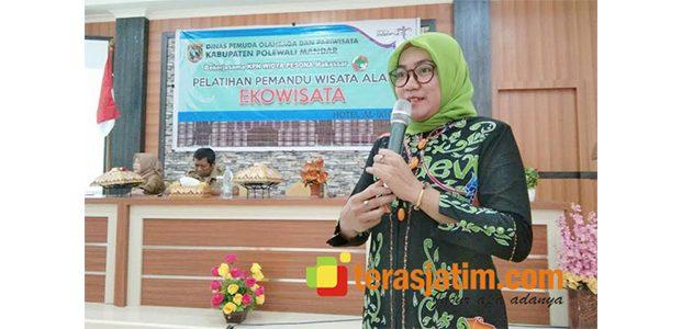 Sukses Kelola Pariwisata di Desanya, Seorang Kades asal Pacitan Jadi Pemateri Wisata di Sulawesi Barat