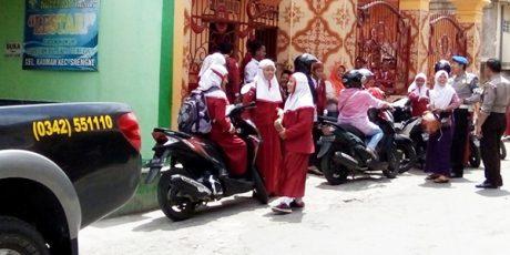 Tangkal Isu Penculikan Anak, Polisi Sambangi Sekolah