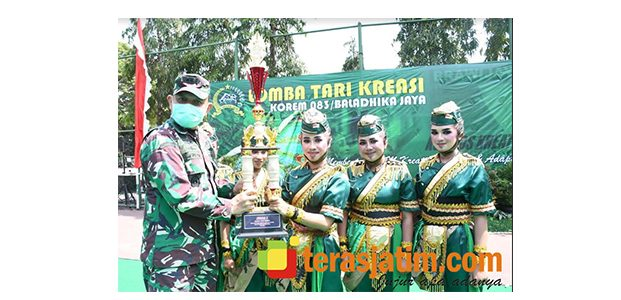 9 Kelompok Tari Adu Bakat di Lapangan Rampal Malang