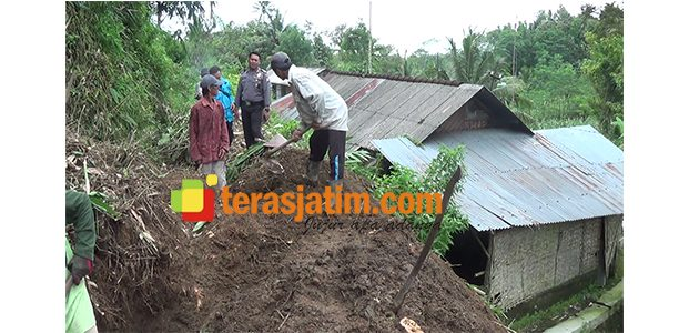 Tebing Longsor di Gandusari Blitar, Ancam Pemukiman Warga dan Lahan Pertanian