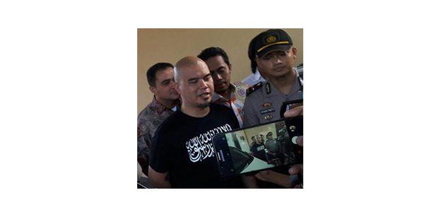Terkait Kasus Dugaan Penipuan dan Penggelapan, Ahmad Dhani Datangi Mapolda Jatim