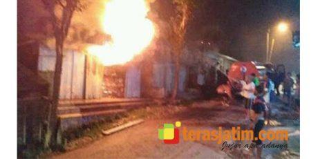 Toko di Pasar Sekar Bojonegoro Ludes Dilalap Api
