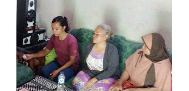 Wanita Muda di Jombang Hendak Tabrakkan Diri dengan Kereta Api