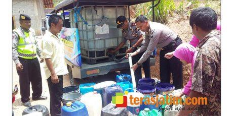 Warga Kesulitan Air Bersih, Ini Yang dilakukan Polres Pacitan