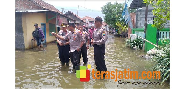 Banjir Sebulan Tak Surut, Kapolresta Sidoarjo Yang Baru Tinjau Lokasi