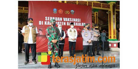 Panglima TNI dan Kapolri Cek Vaksinasi Massal Covid-19 di Bangkalan