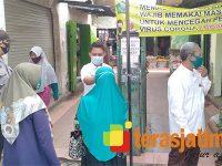 Wajib Pakai Masker di Pasar Krembung Sidoarjo