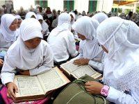 Ironi, Kota Santri Kekurangan Guru Agama