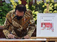 Hari Ini, Presiden Luncurkan Prangko Seri Gerakan Vaksinasi Nasional Covid-19