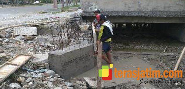 Rehab Jembatan Dengan Gotong Royong