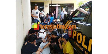 Polisi Srono Banyuwangi, Ciduk 10 Pemuda Mabuk di Kuburan
