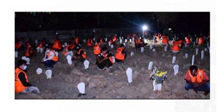 54 Pelanggar Prokes di Sidoarjo Diajak Berdoa di Makam Korban Covid-19