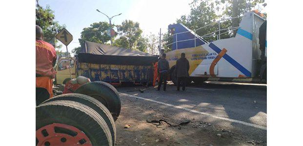 Truk Melintang di Singosari, Jalur Surabaya-Malang Terganggu