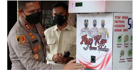 Gandeng Mahasiswa UB, Polresta Malang Kota Luncurkan Dispenser Masker