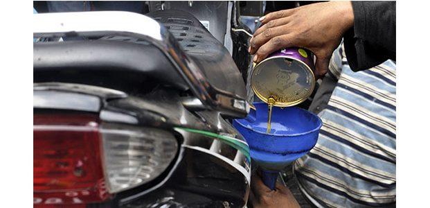 Bahayanya Oli Mesin Oplosan Untuk Mesin Kendaraan