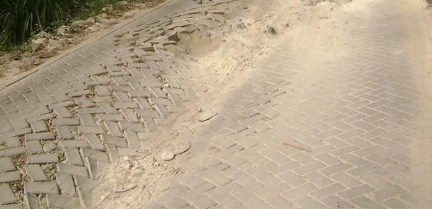 Bojonegoro, Jalan Paving Mulai Morat-Marit