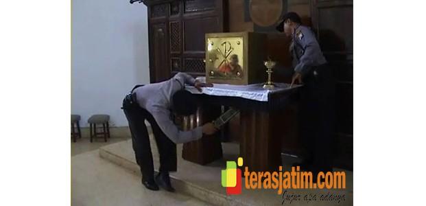 Pengamanan Natal, Gereja Diperiksa Ketat