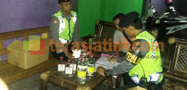Jelang Pilkada, Polresta Blitar Gencarkan Razia Miras