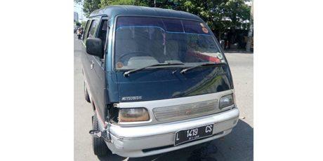 Diduga Pelaku Tabrak Lari, Sopir Minibus Diamankan Polisi