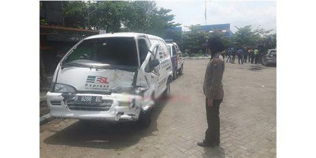 Ada Perbaikan Jalan, 3 Kendaraan Tabrakan Karambol di depan SMT Bojonegoro