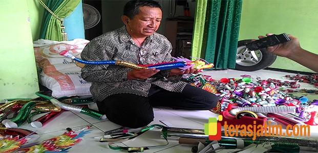 Jelang Tahun Baru, Kampung Terompet Mulai Sibuk produksi